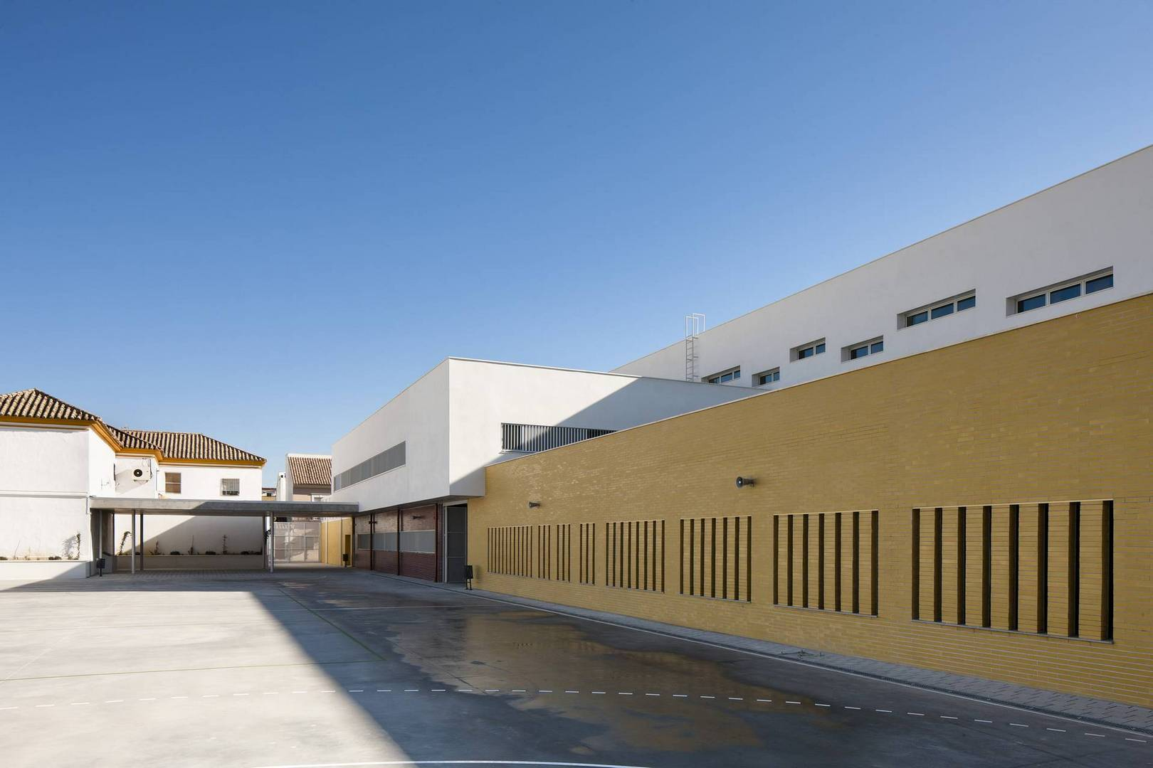 Centro de educaci n infantil y primaria en c rdoba unia - Arquitectos en cordoba ...