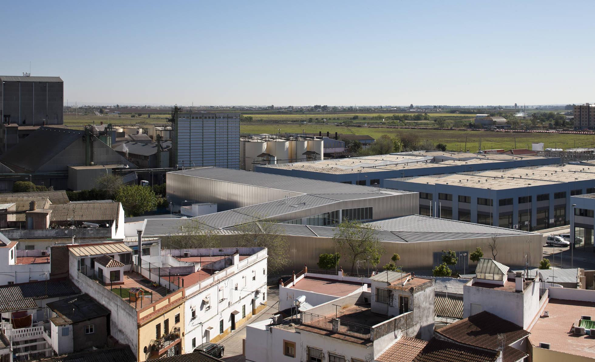 Sede del Servicio Público de Empleo Estatal en Sevilla